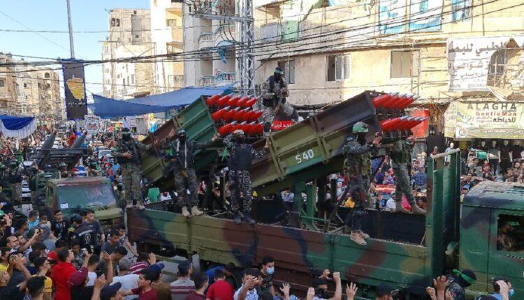 عرض عسكري لكتائب القسام في خانيونس