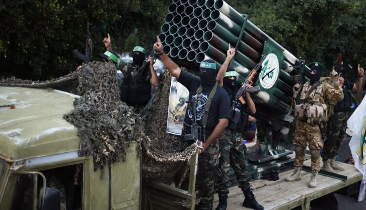 مسؤول ايراني يتحدث عن مدينة صواريخ حماس