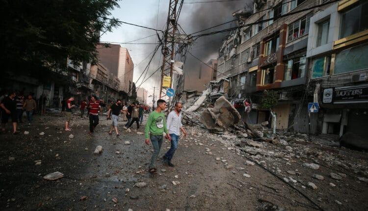 اللجنة القطرية لاعادة اعمار غزة تنفي علاقتها بالاتصالات التي ترد للمواطنين