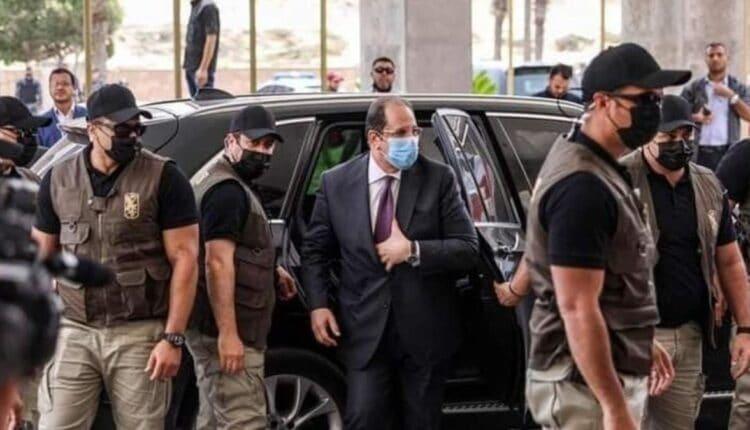 قوات خاصة تولت حراسة عباس كامل