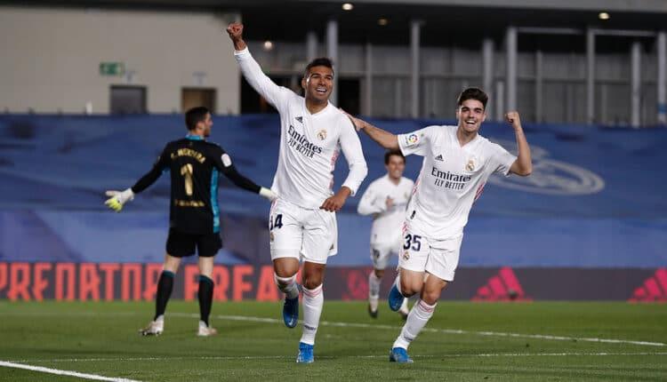 ريال مدريد يفوز على أوساسونا ويواصل تقليص الفارق مع أتلتيكو مدريد