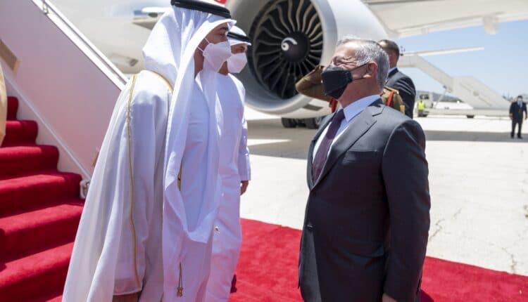 تقرير يكشف سر زيارة محمد بن زايد إلى الأردن بعد تعمّق الخلاف بين الإمارات ومصر
