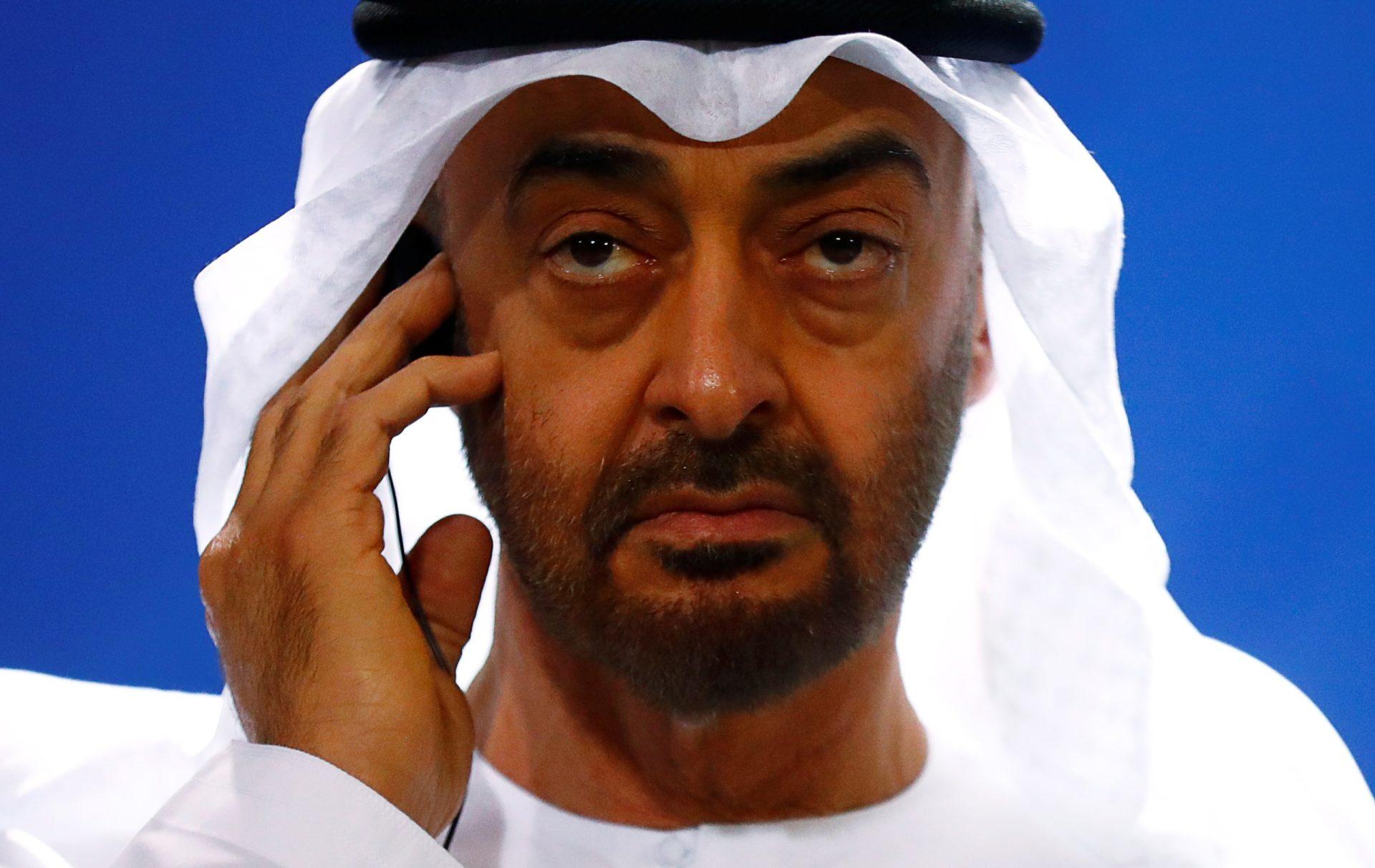 محمد بن زايد يوافق على مساعدة إسرائيل في قصف غزة