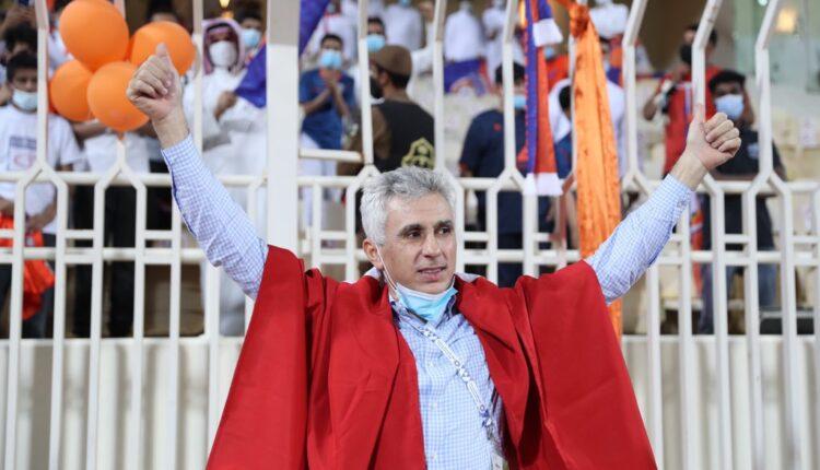 مدرب الفيحاء بن رمضان والاحتفال بعد صعود فريقه إلى دوري كأس المحترفين
