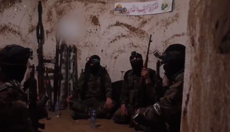انباء عن خروج 10 مقاومين احياء من نفق في غزة بعد قصفه