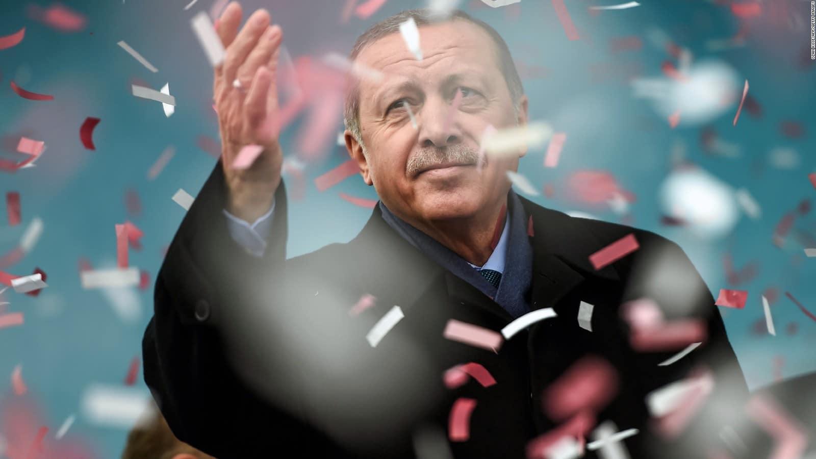 أردوغان يعلن اكتشاف 135 مليار متر مكعب من الغاز في حقل صقاريا بالبحر الأسود