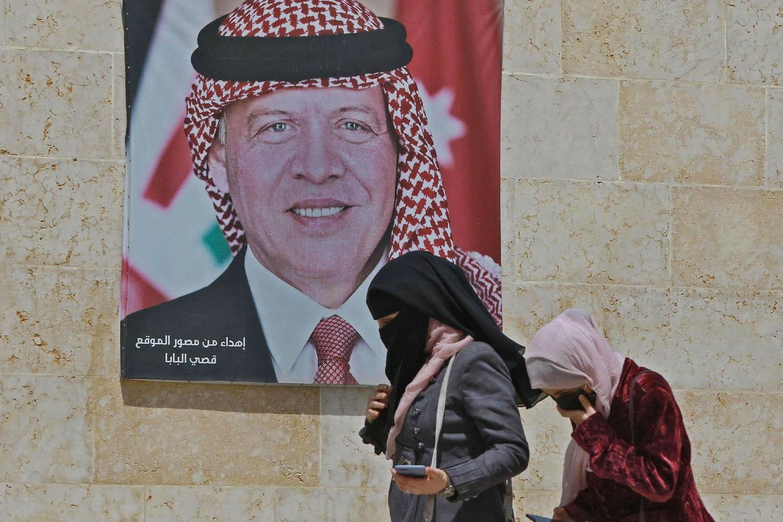 """الأردنيون لا يختلفون على بقاء الحكم الهاشمي و""""صافرة إنذار"""" للملك عبدالله قبل فوات الأوان"""