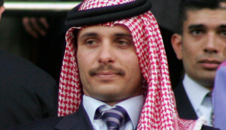 قضية الفتنة.. نشر جانب من تسريبات الاتصالات بين الأمير حمزة بن الحسين والشريف حسن بن زيد