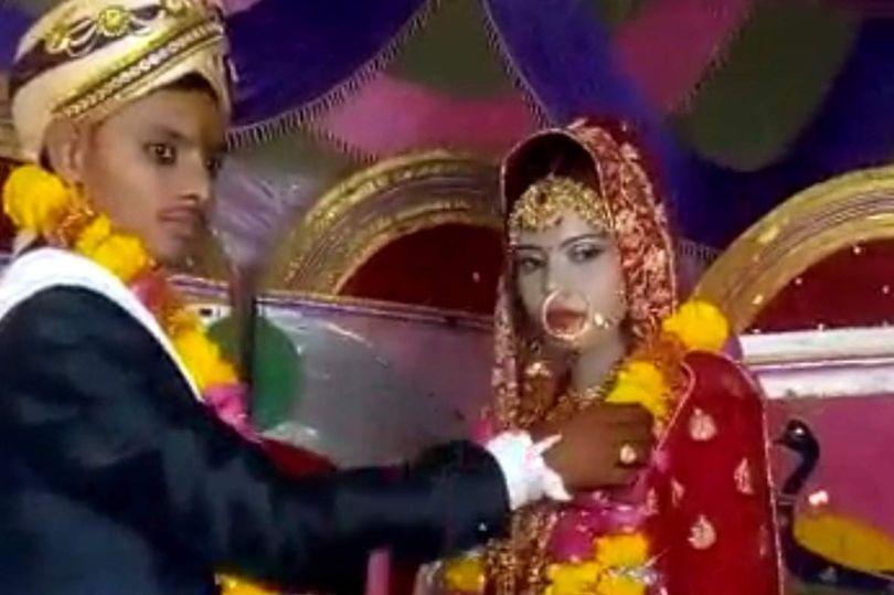 الهندية مع عريسها قبل وفاتها