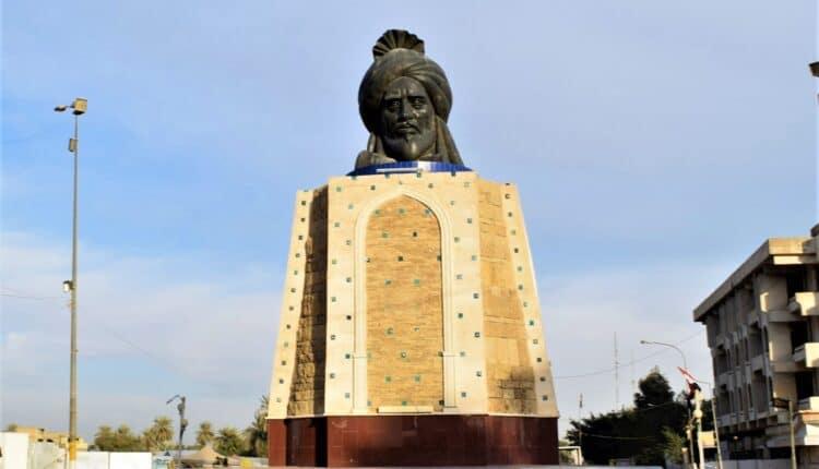 تمثال أبو جعفر المنصور في بغداد