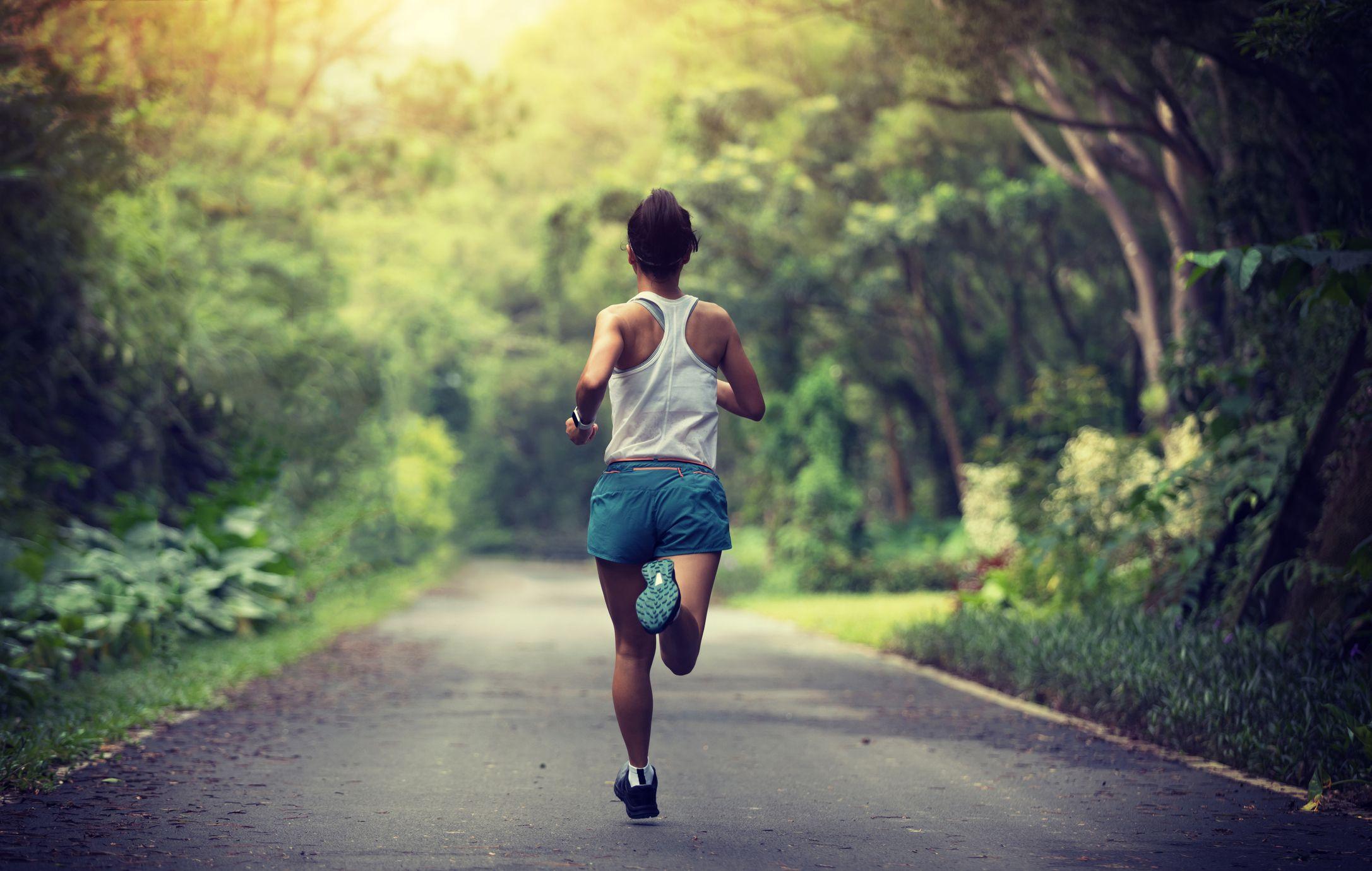 هذا ما سيحدث لجسدك عند ممارسة رياضة الجري على معدة فارغة