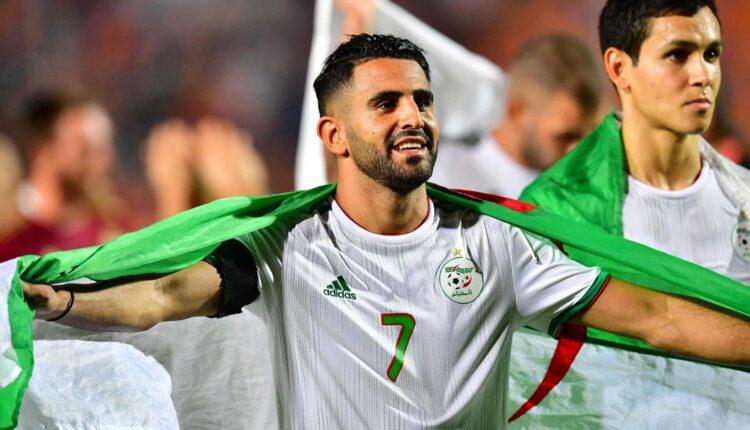 رياض محرز والموقف الطريف مع مدرب منتخب الجزائر جمال بلماضي