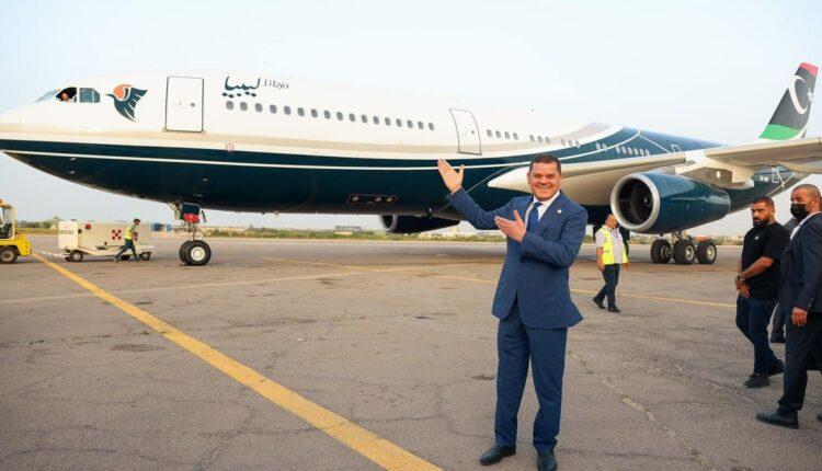 طائرة معمر القذافي تعود إلى ليبيا