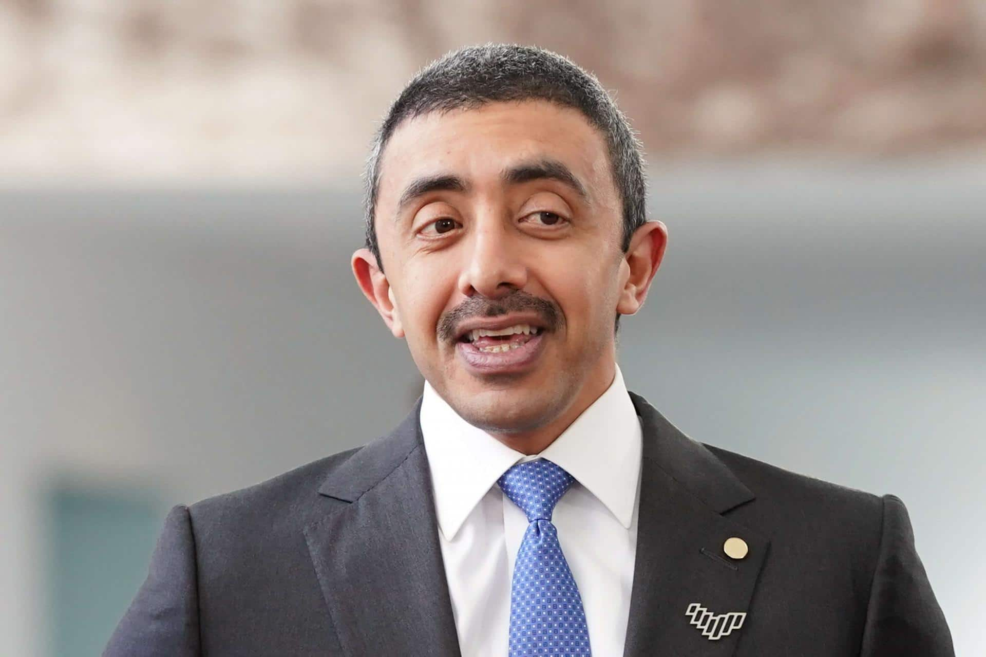 """حماس ترد على عبدالله بن زايد بعد أن اصطف إلى جانب الصهاينة ووصفها بـ""""الإرهابية"""""""