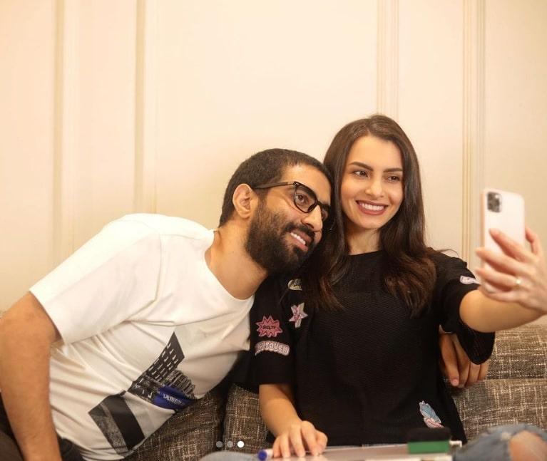 فيديو كارمن سليمان وزوجها أمام المرآة يثير غضب الجمهور!