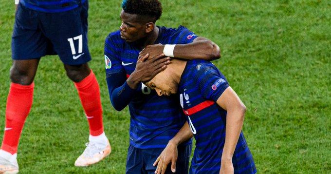 شجار لفظي بين عائلا منتخب فرنسا عقب الخروج من اليورو