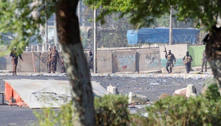"""تحقيق """"ميدل إيست آي"""" يفجّر مفاجآت عن قتل عشرات المتظاهرين في بغداد"""