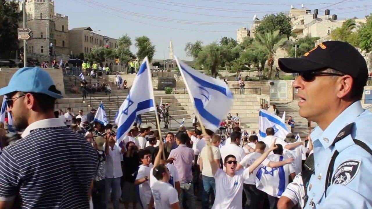 """إسرائيل تقرر إلغاء """"مسيرة الأعلام"""" في القدس المحتلة بعد تهديد حماس بتفعيل صواريخها"""