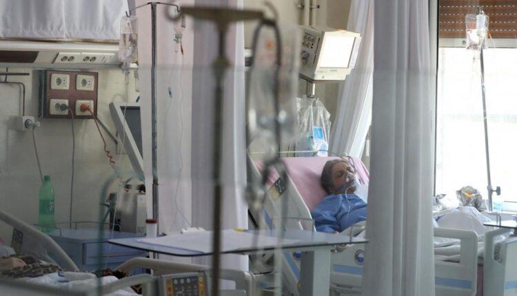 مستشفى صحار تعاني في ظل ارتفاع اعداد المصابين بفيروس كورونا