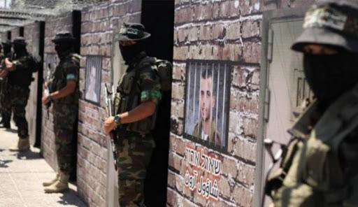 مفاوضات لاتمام صفقة تبادل الاسرى مع حماس