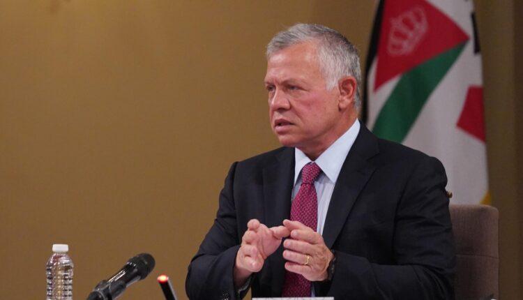 صحيفة عبرية تزعم: ملك الأردن تحالف مع إيران وفتح لها الأبواب