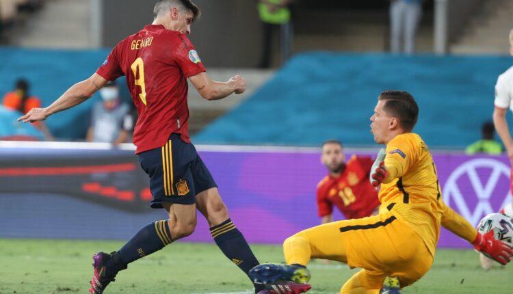 مباراة منتخب إسبانيا وبولندا في بطولة اليورو