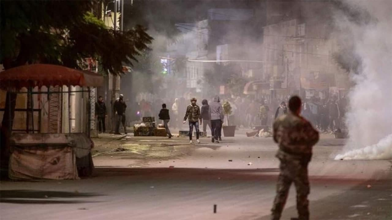 مواجهات في تونس
