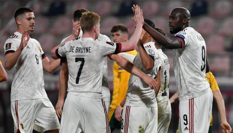 مباراة منتخب بلجيكا وفنلندا في بطولة اليورو