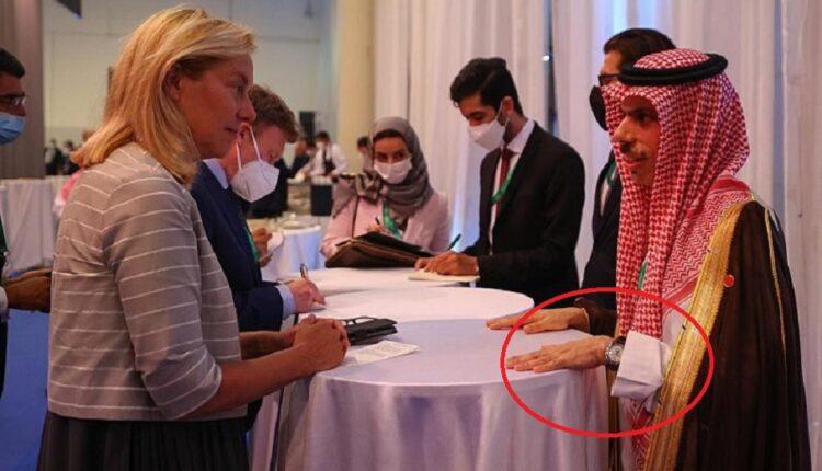 وزير الخارجية السعودي خلال لقائه نظيرته الهولندية
