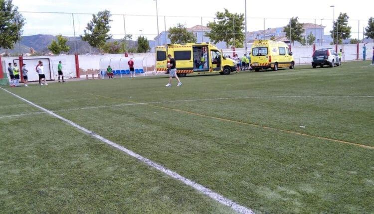 وفاة حكم مباراة داخل أحد الملاعب في إسبانيا