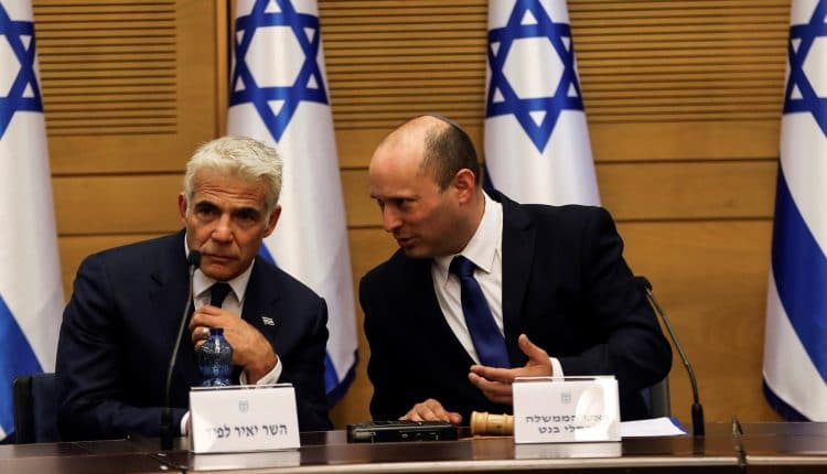 يائير لابيد وزير خارجية اسرائيل