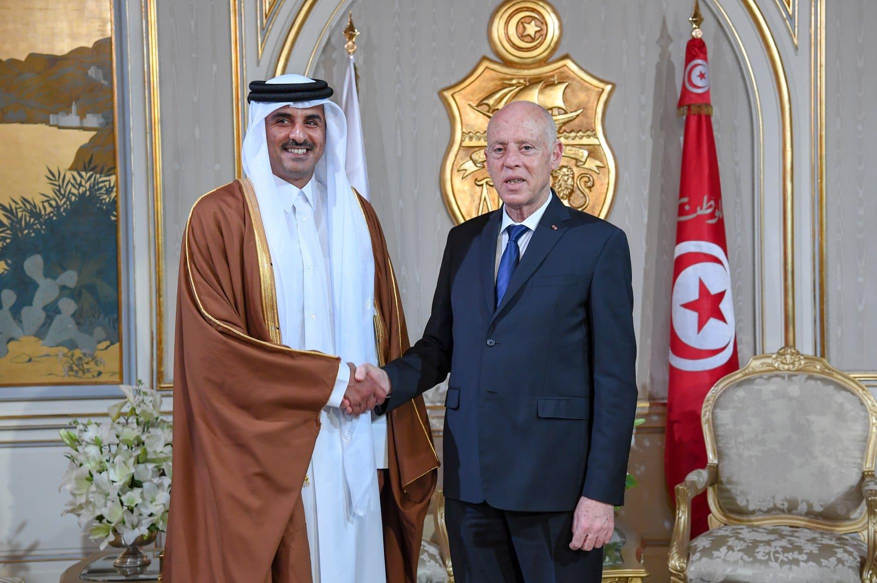 مكالمة هاتفية بين أمير قطر وقيس سعيد