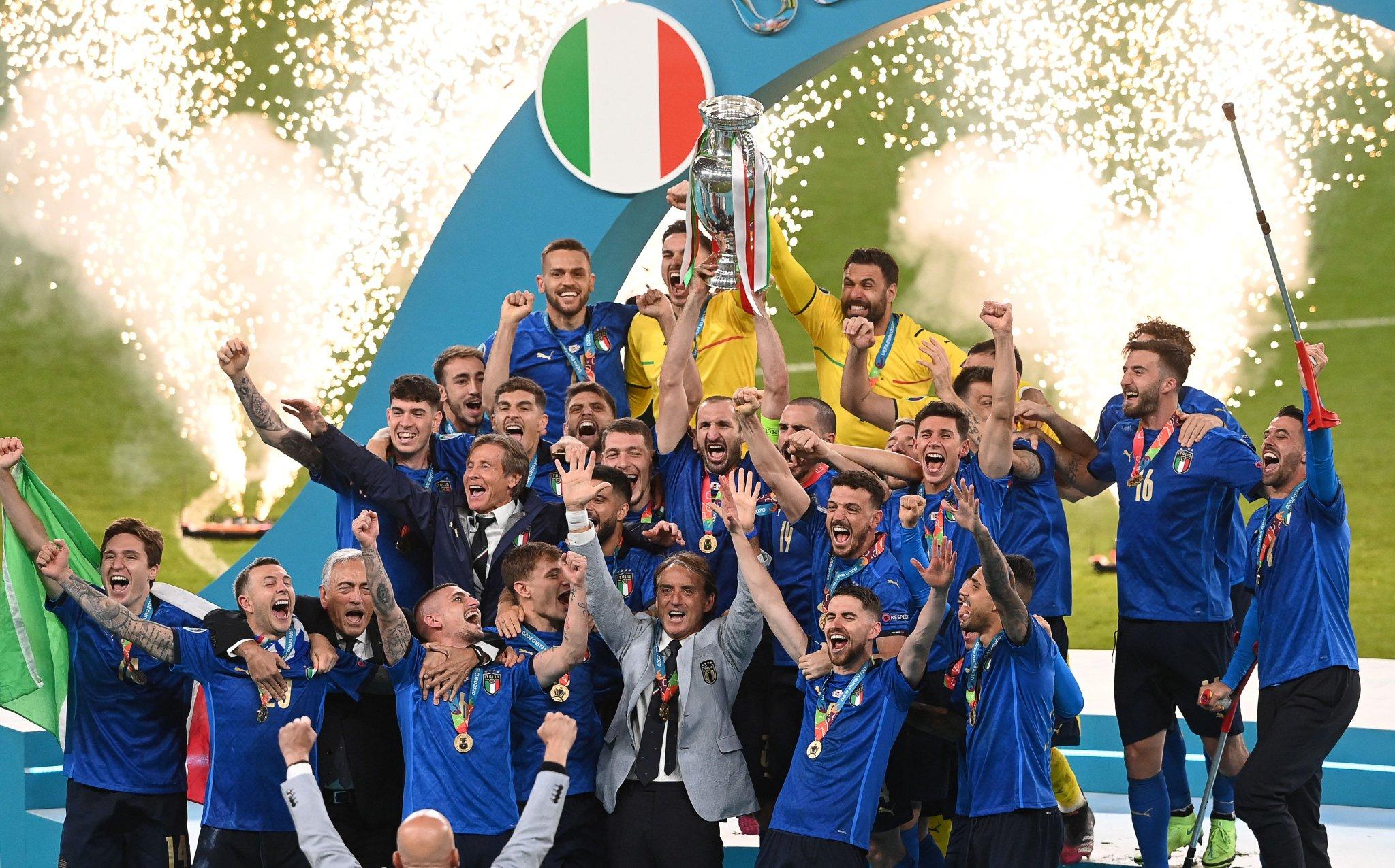 إيطاليا تتوج بطلاً لليورو للمرة الثانية في تاريخها بركلات الترجيح أمام إنجلترا (شاهد)