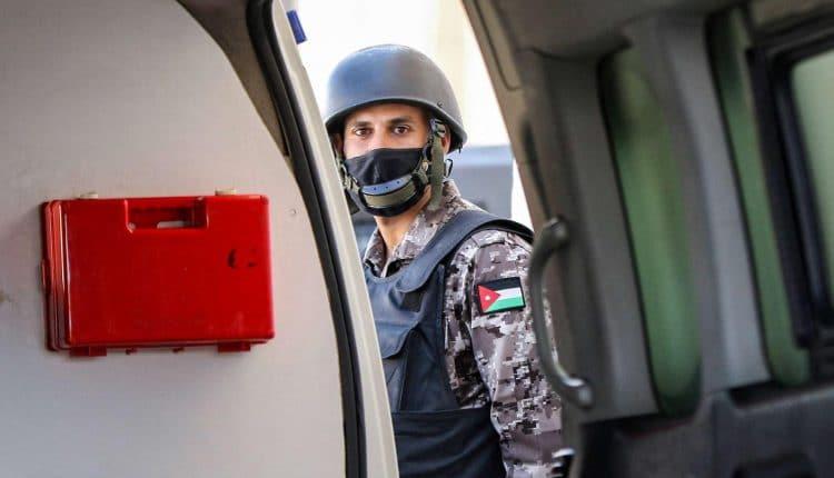 الأمن الأردني يوقف اشخاصا اقاموا حفلا مختلطا في اربد