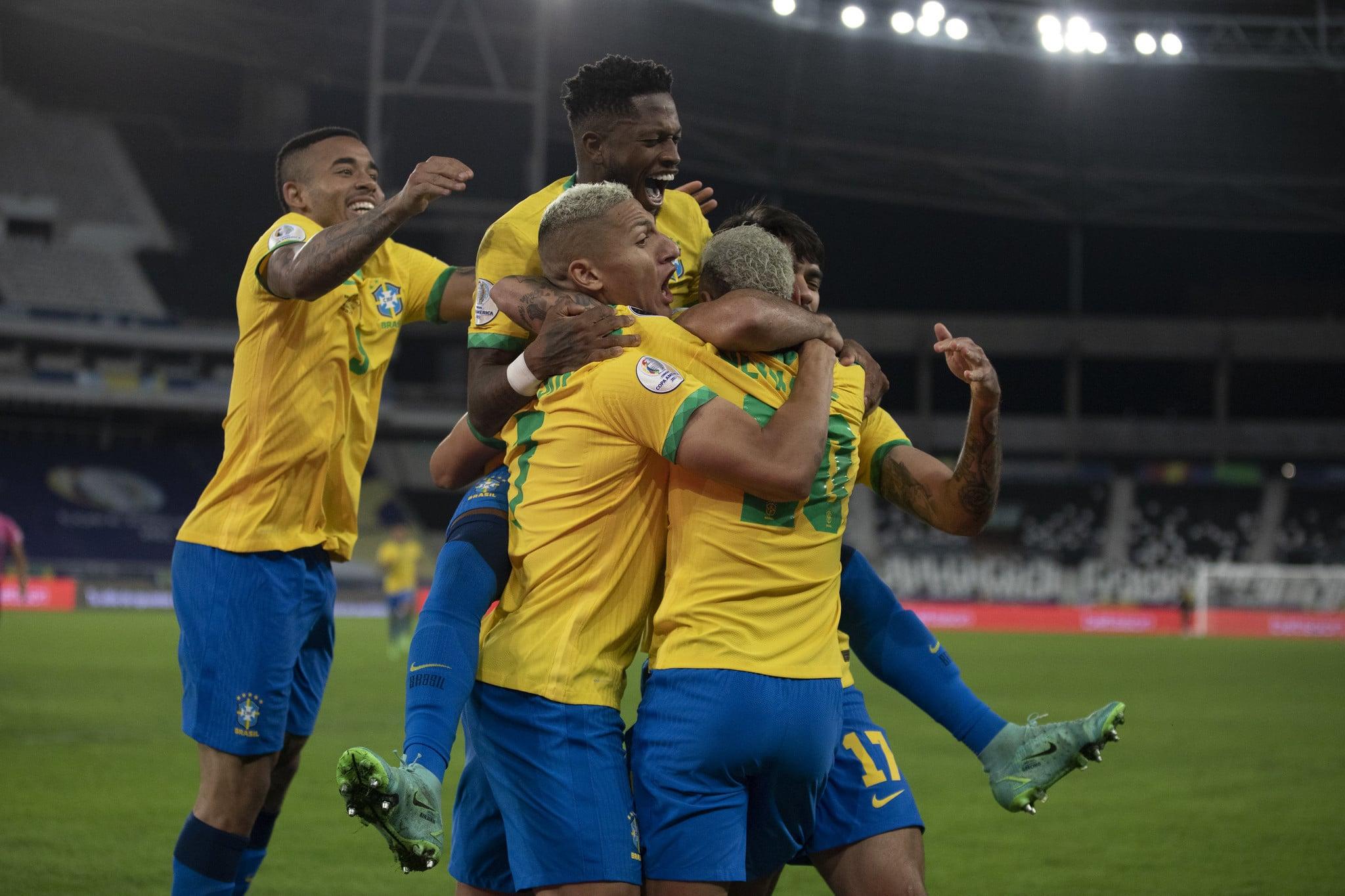 """""""شاهد"""" ملخص مباراة البرازيل وتشيلي المثيرة في قمة كوبا أمريكا"""