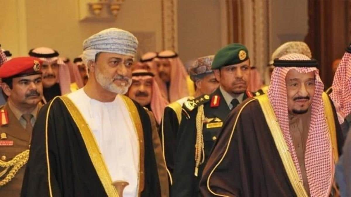 السلطان هيثم بن طارق والملك سلمان بن عبدالعزيز