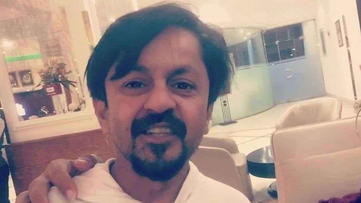 أول ظهور للممثل الباكستاني فرحان العلي