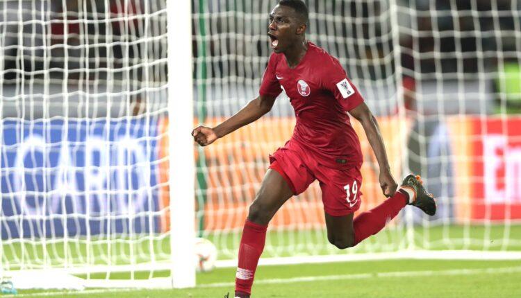النجم القطري المعز علي ودخول تاريخ عالم كرة القدم
