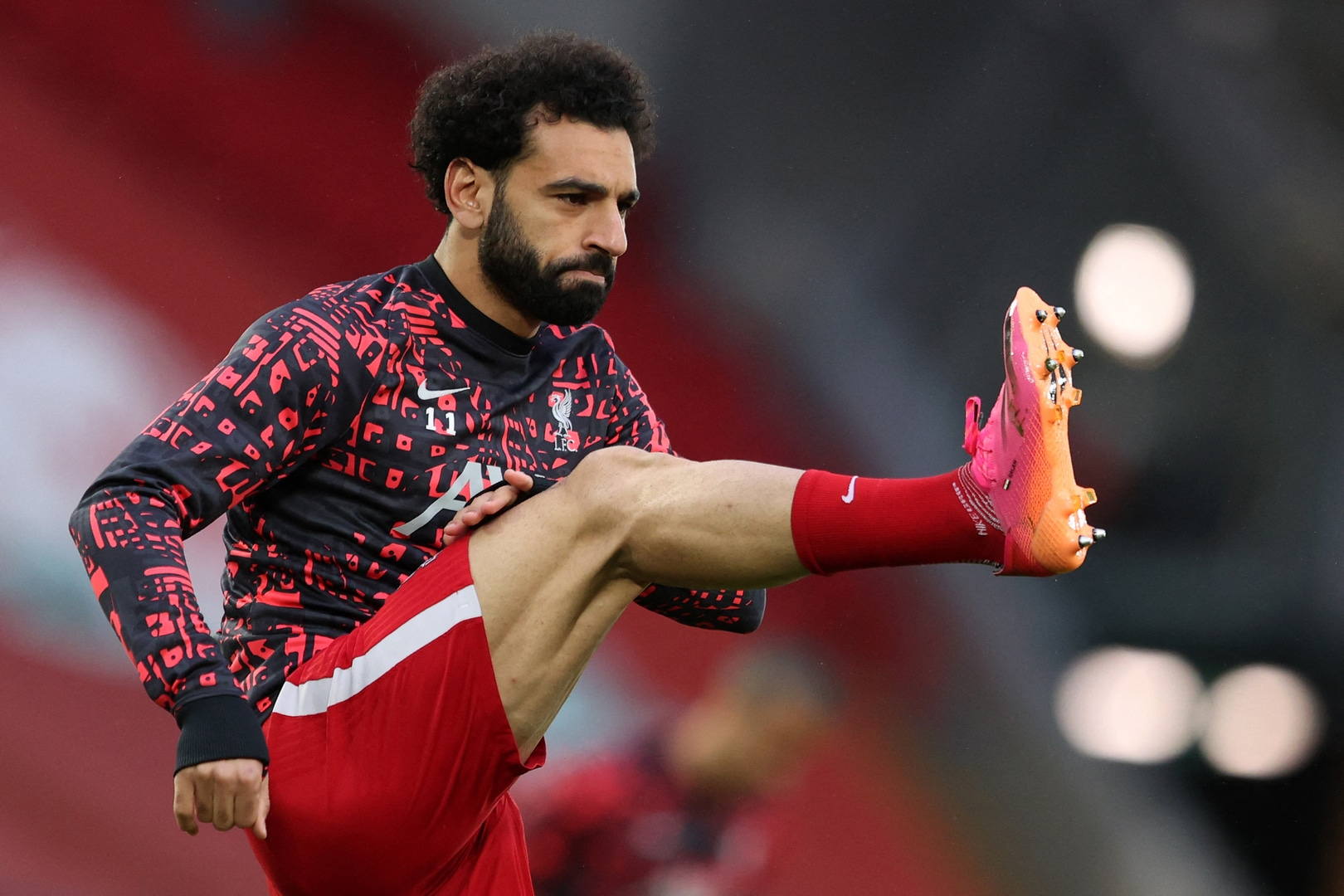 محمد صلاح ينشر صورة جديدة وهو يستعرض عضلاته المفتولة (صور)