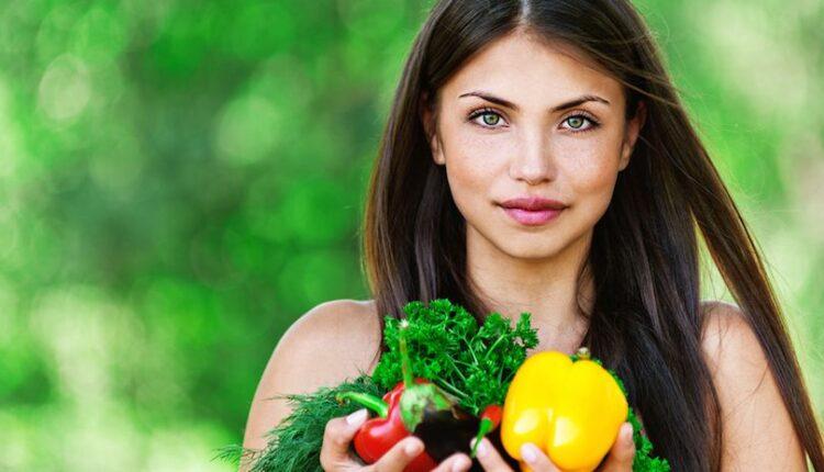 أطعمة مفيدة لكثافة وطول الشعر