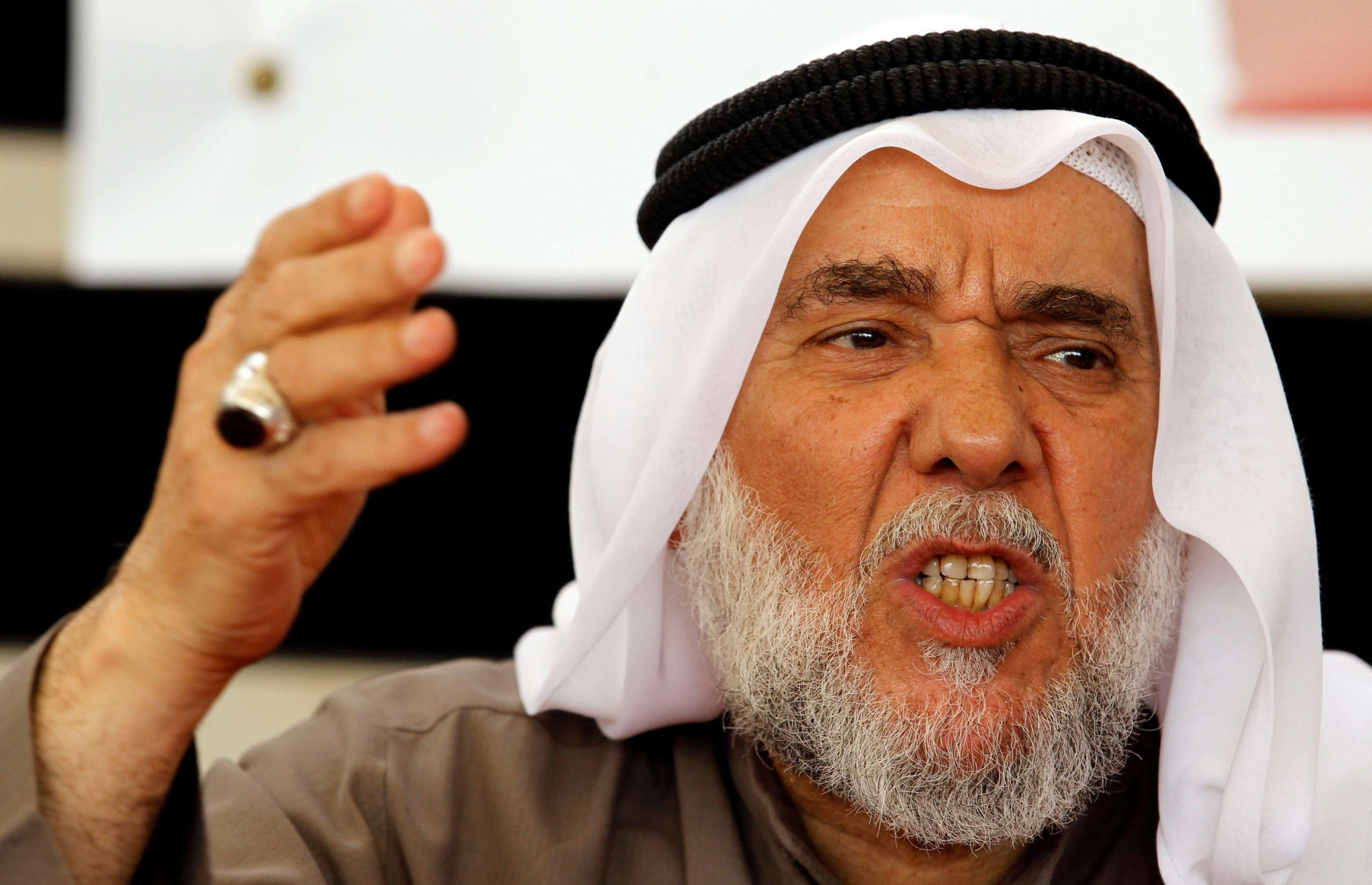 من هو حسن مشيمع الذي كشفت منظمة العفو الدولية ما يعانيه في سجون البحرين