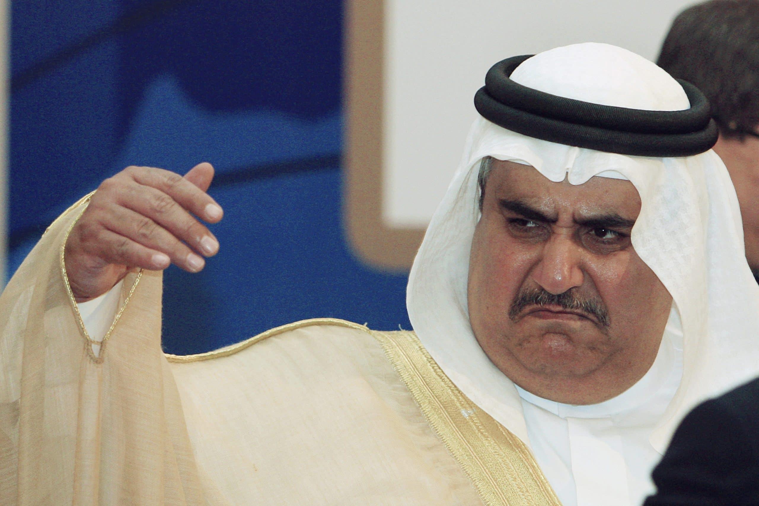مستشار ملك البحرين يشعل خلافاً مع قطر حول الجزر الحدودية
