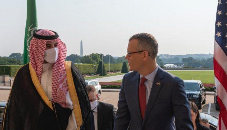خالد بن سلمان في زيارة لواشنطن