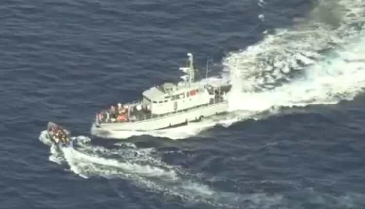 خفر السواحل الليبي كاد يرتكب مجزرة في مياه البحر