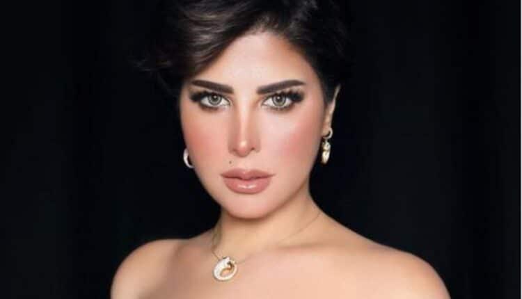 شمس الكويتية تستعرض أنوثتها في اطلالة جريئة