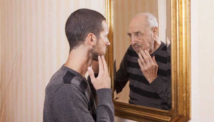 دراسة تتحدث عن أن إزالة الخصيتين يطيل عمر الرجال