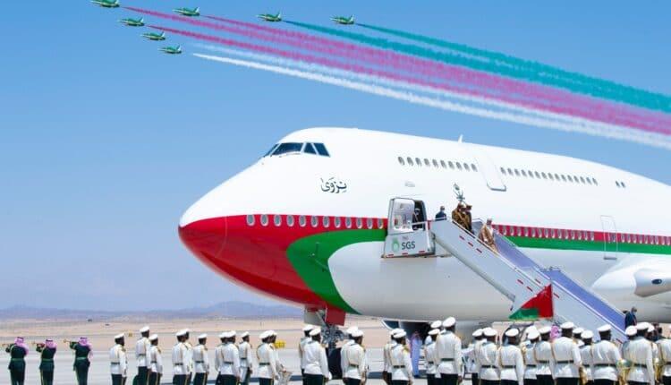 طائرة السلطان هيثم بن طارق نزوى