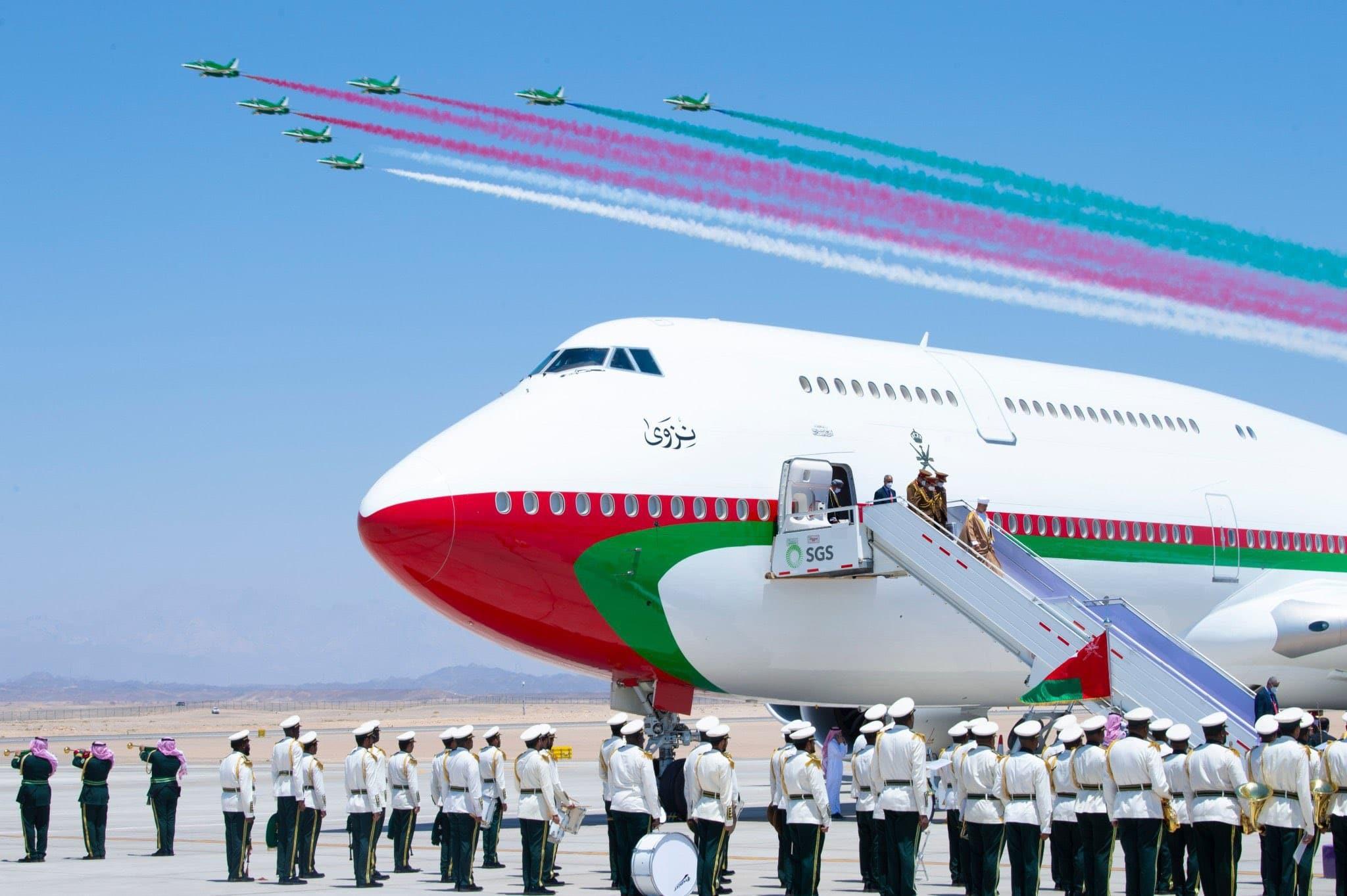 """""""طائرة نزوى"""".. ما سر تسمية طائرة السلطان هيثم بن طارق بهذا الاسم؟"""