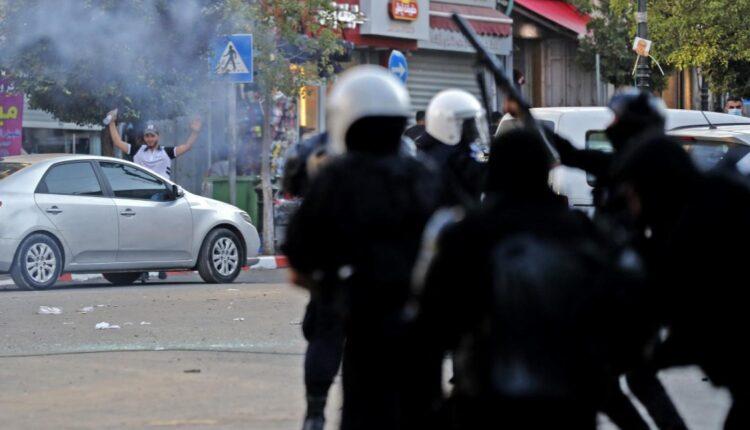 الكاتبة غادة كرمي في مقال: عنف السلطة الفلسطينية جزء من النظام الاستعماري الإسرائيلي