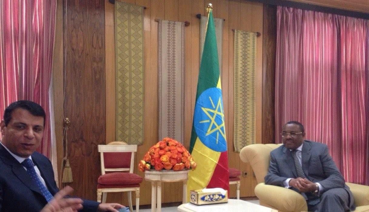 محمد دحلان ورئيس وزراء إثيوبيا السابق